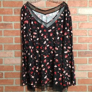 Lane Bryant Black/Red Print V Neck Pullover LS Top